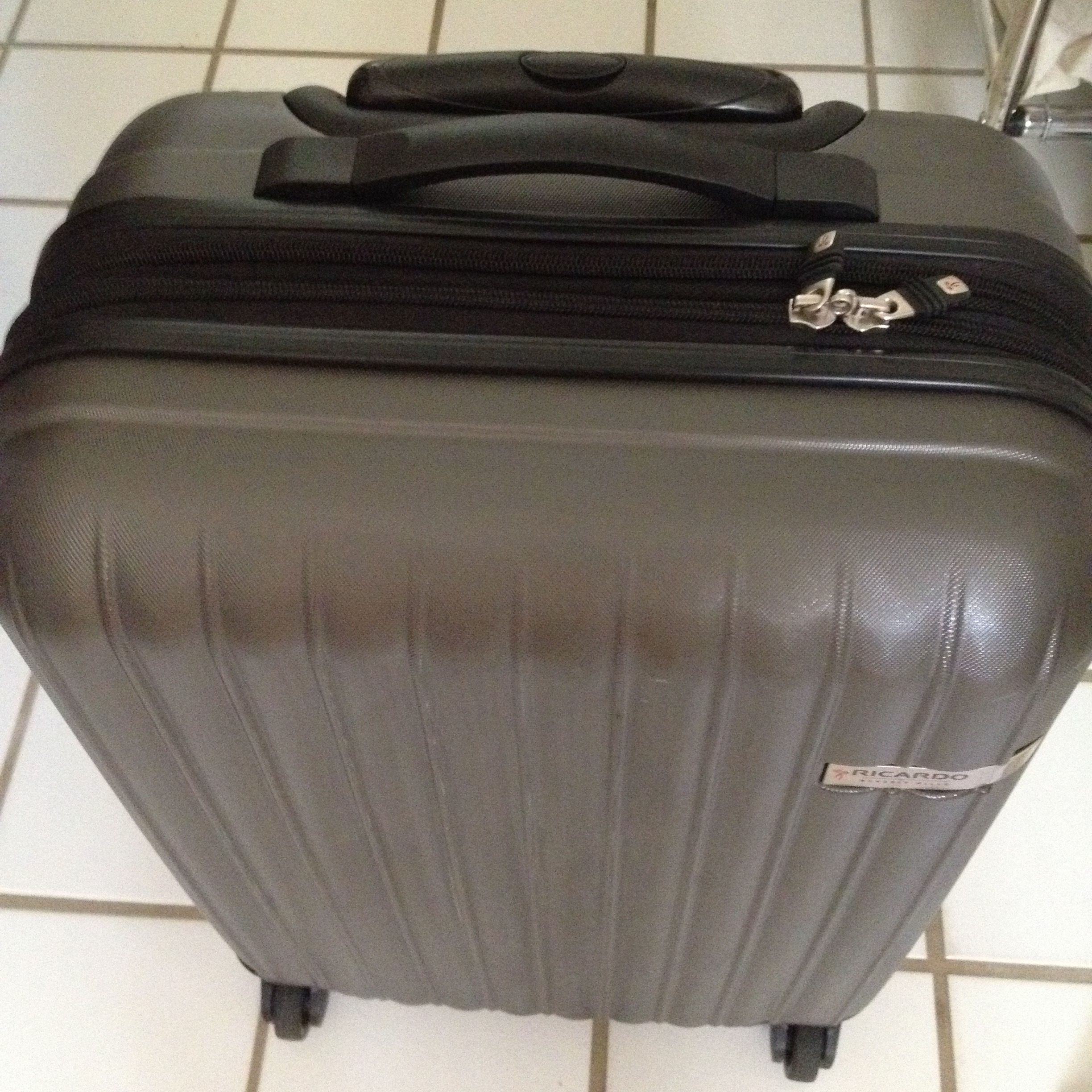 Our Costco Ricardo Expandable Carry On 7 1 Lbs Or 3 2 Kg For 20 Or 50 8 Cm Travel Light Carry On Jet Lag Tag your photos with #costco for a chance to be featured. our costco ricardo expandable carry on