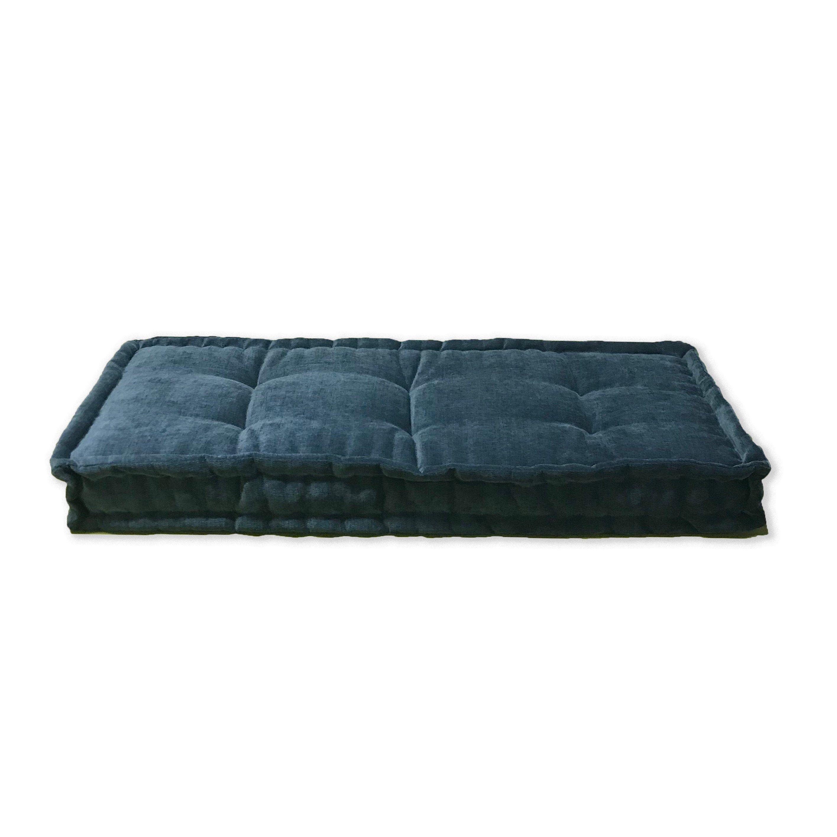 Custom Tufted Farmhouse Style Bench Cushion Floor
