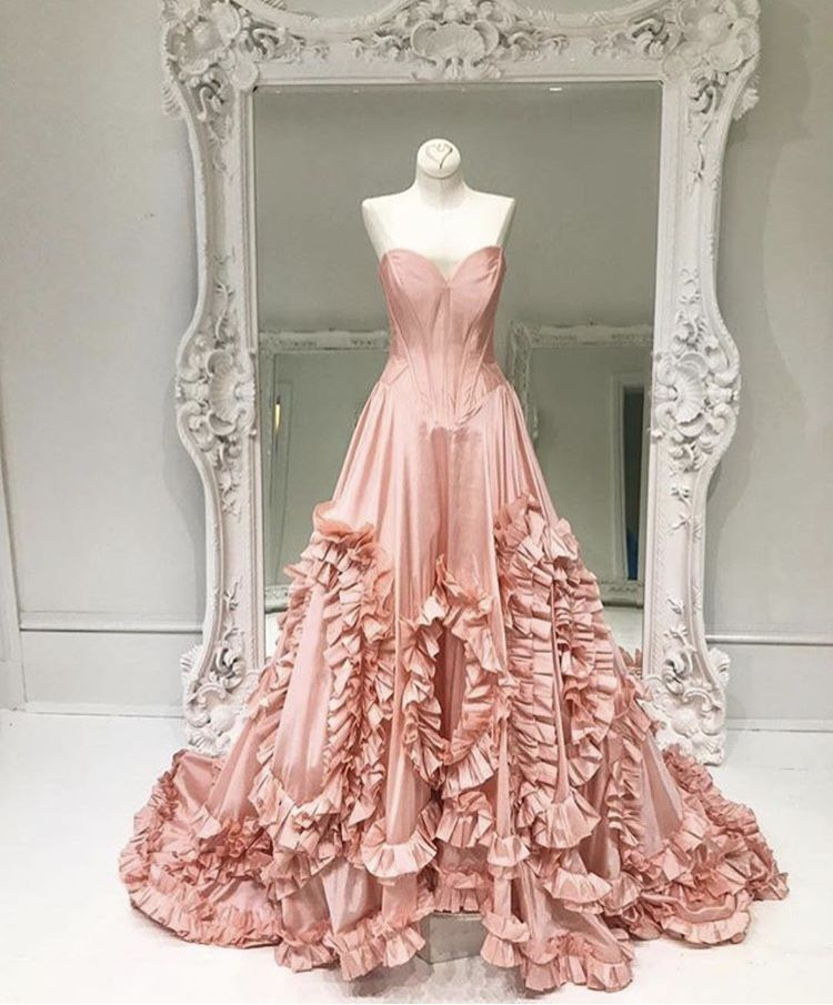 I\'m in love ✨ Sherri Hill 2018 | Clothes | Pinterest | Ponerse y Coser