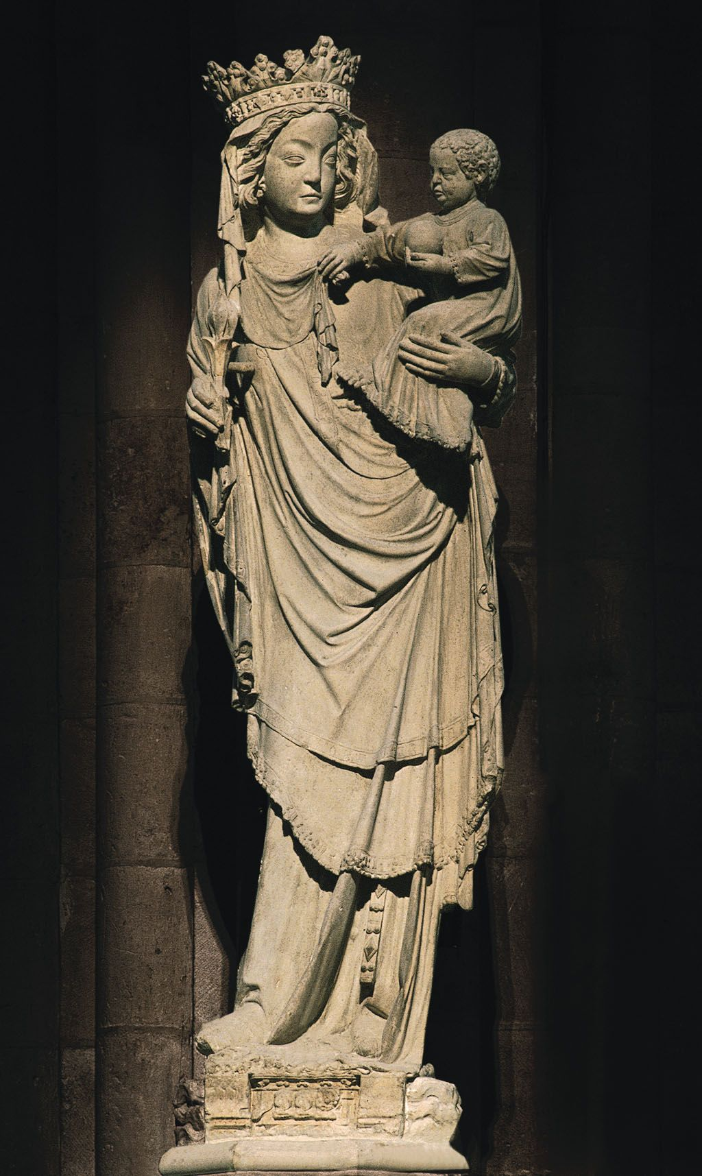 LATE GOTHIC SCULPTURE Virgin And Child Of Paris Notre Dame France Early 14th Century Notice The Reappearance S Curve Or