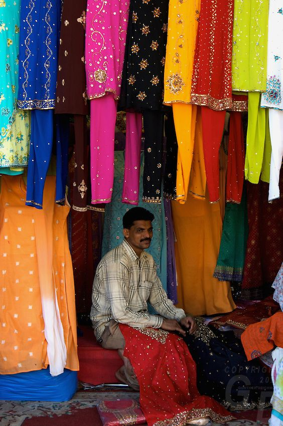 Traditional Colors of India | mumbai shopping for new traditional indian clothing mumbai india ...