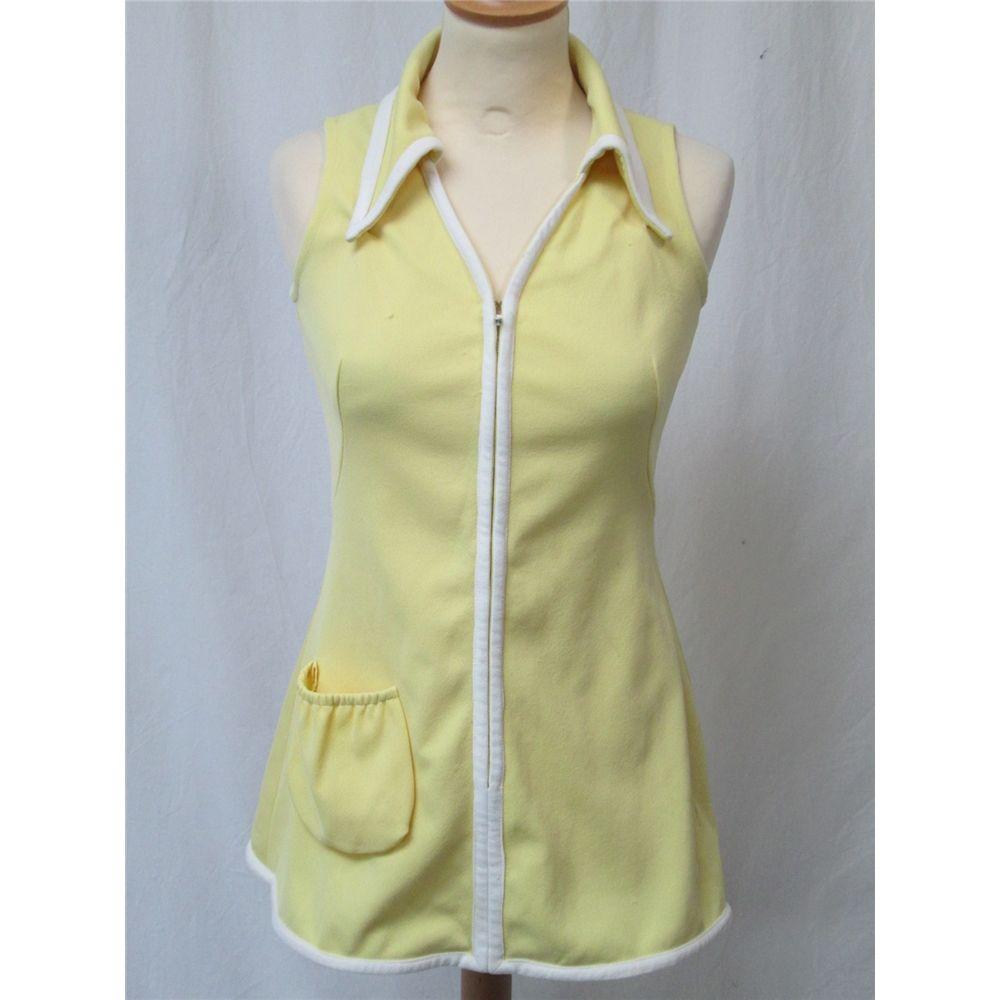 Lew Hoad International Sportswear Size 10 Yellow Lew Hoad