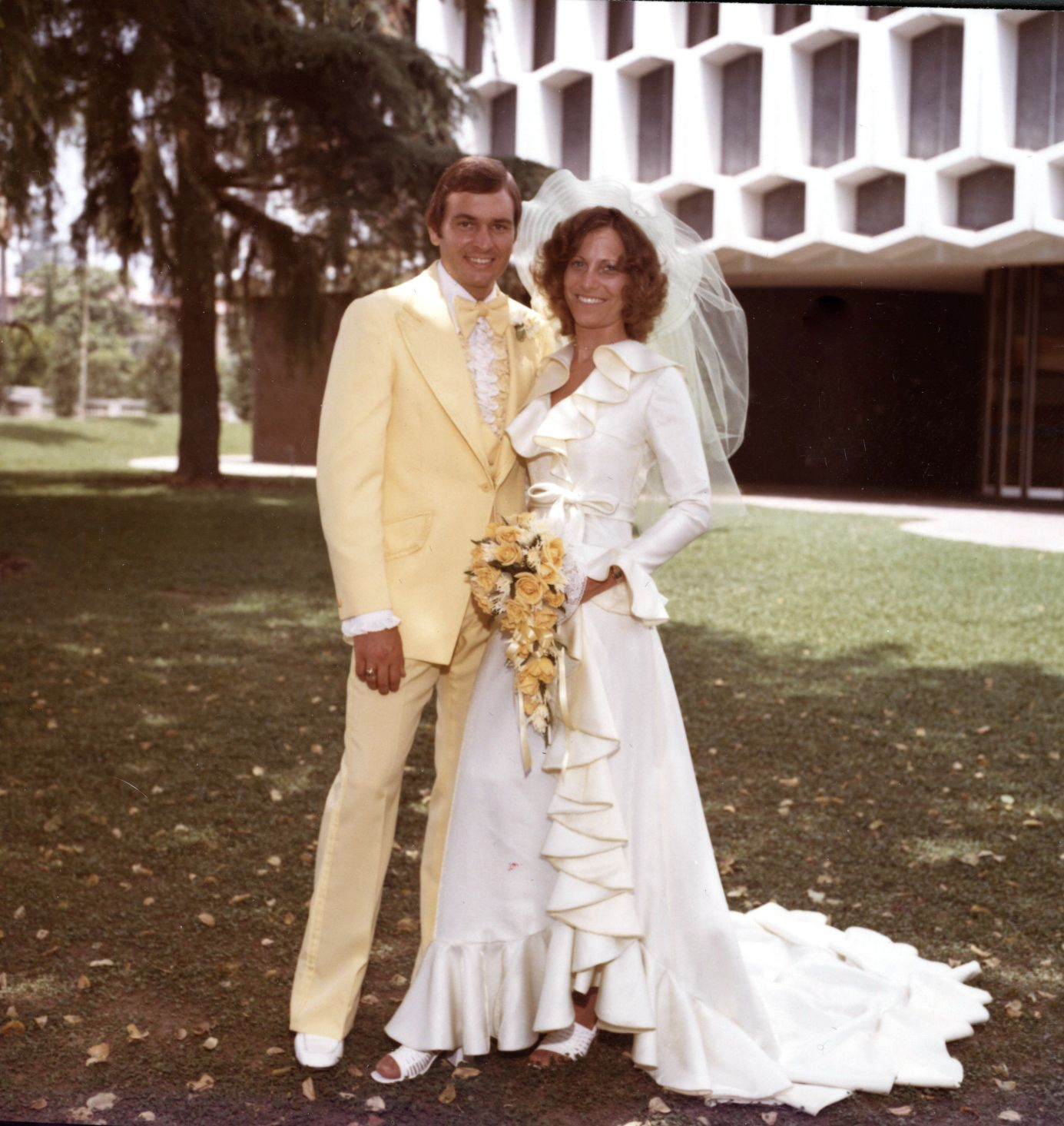 Wow, a man in a pastel yellow tux only in 1975