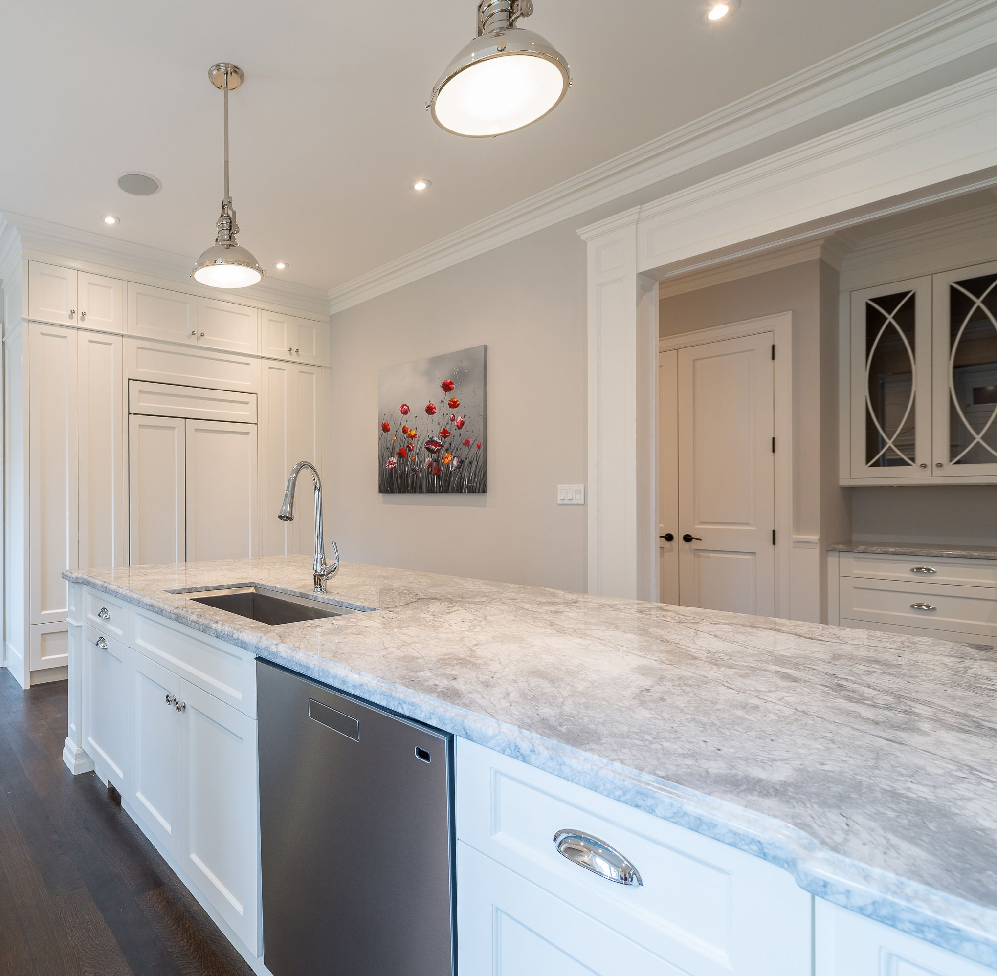 White apron gainesville fl - White Kitchen Ideas Super White Granite Cc40 Cabinetry Decorative Hood Wolf Range