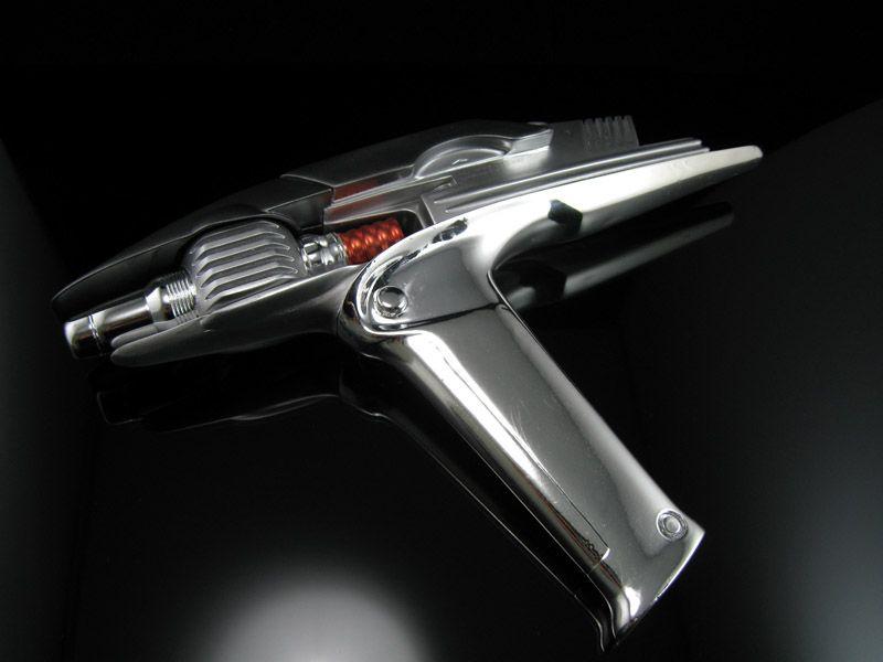 Star Trek 2009 - replica stunt phaser made by QMX | Props