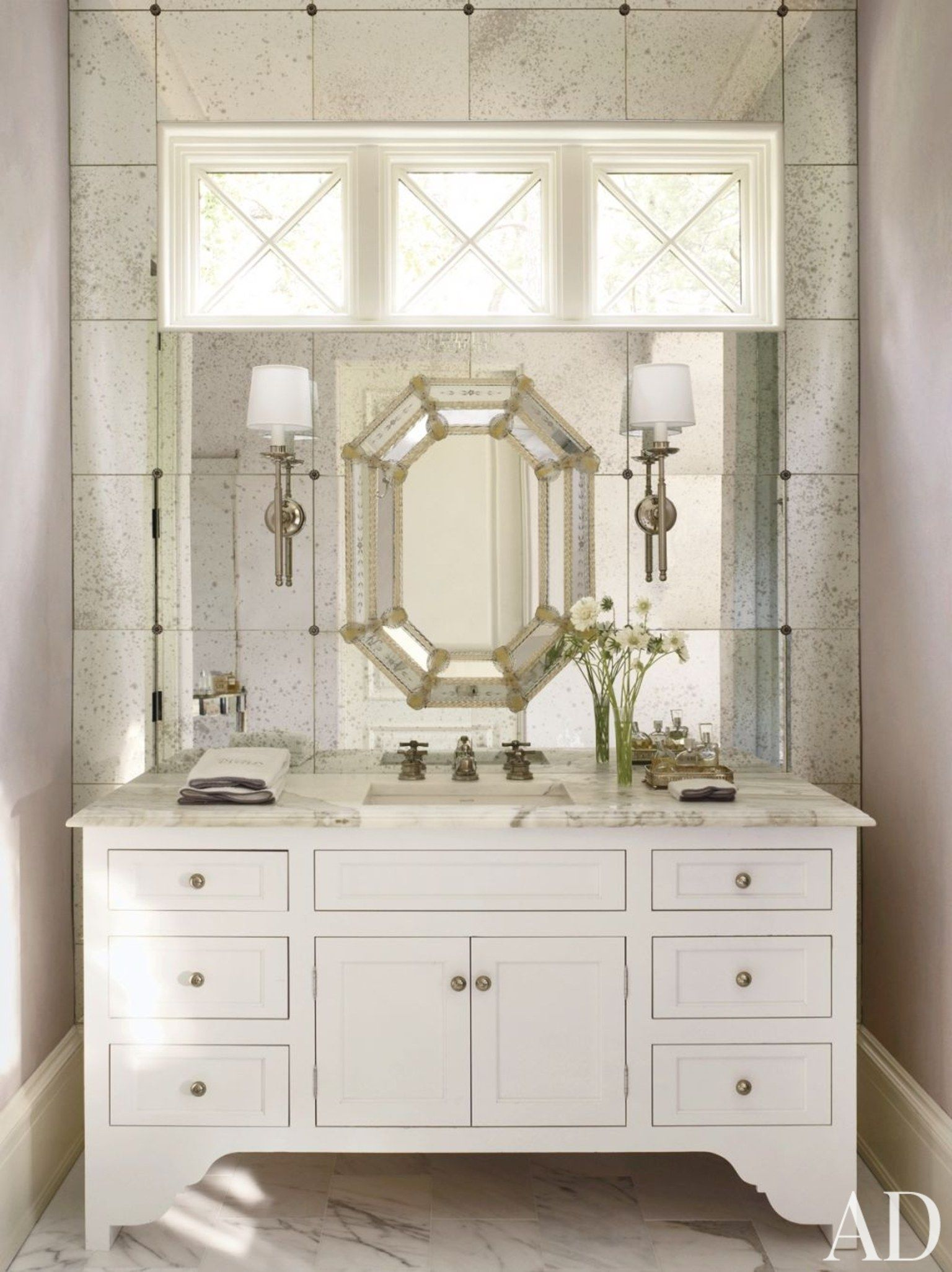 12 Bathroom Mirror Ideas for Every Style | Traditional bathroom ...