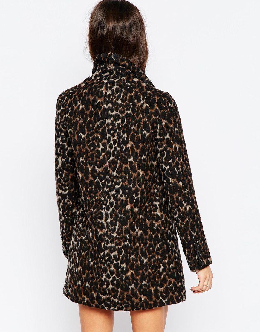 Imagen 2 de Abrigo con estampado de leopardo de ASOS PETITE
