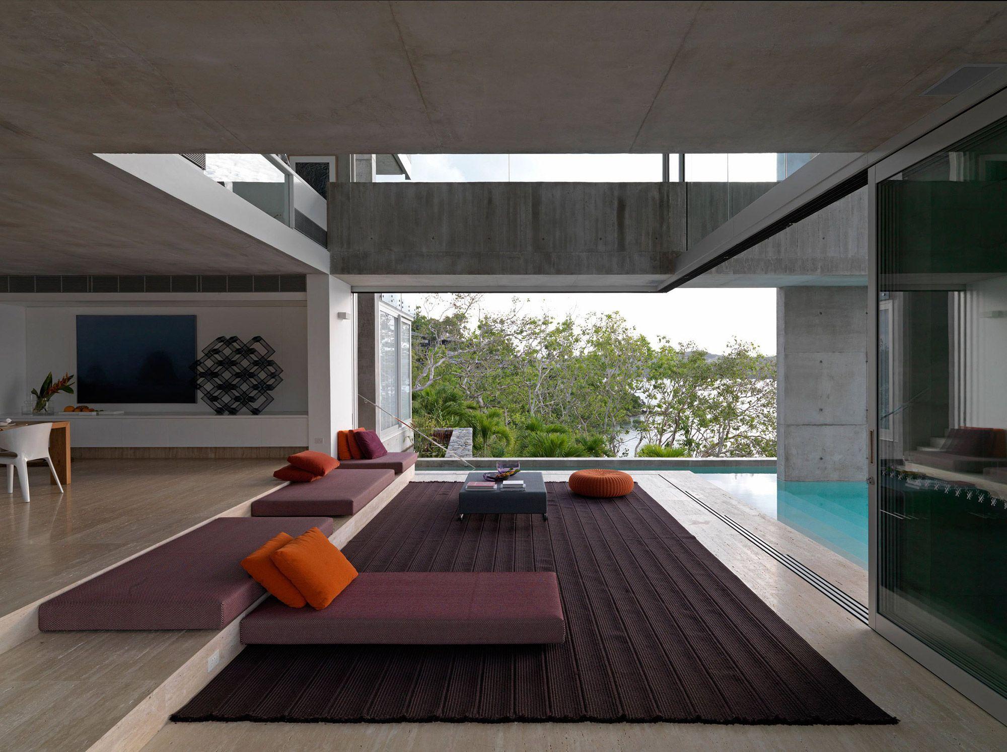 Solis House