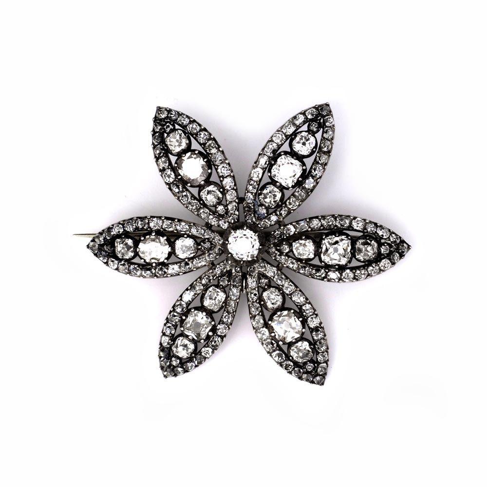 An 18th Century Diamond Flower Brooch - Shrubsole
