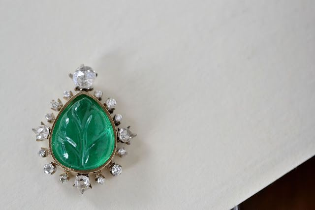 kataoka: emerald carvingstone