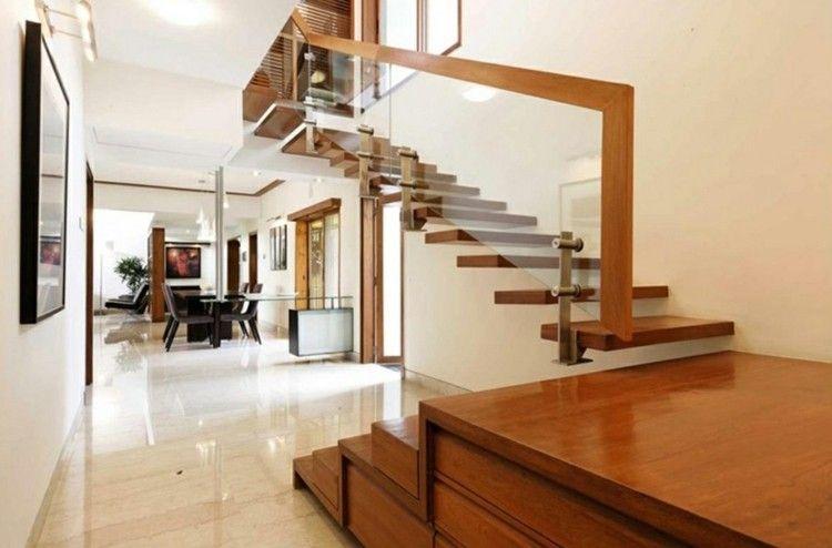 Dise o con pasamanos cubierto escaleras pinterest - Pasamanos de madera modernos ...