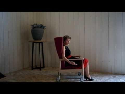 Stoel Voor Ouderen : Hoge stoel waar je makkelijk uit opstaat stoelen voor ouderen