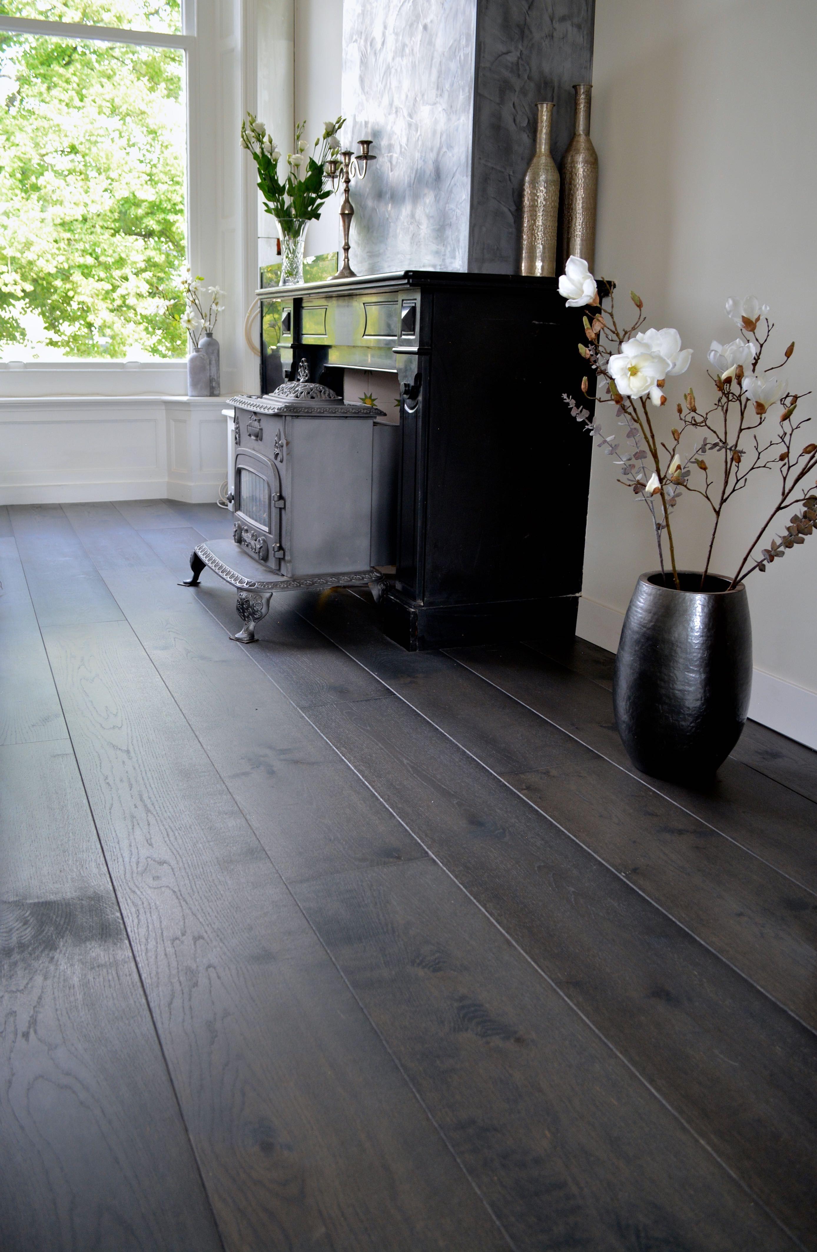Geliefde Donkere eiken houten vloer | Huis - Flooring, Living room modern @TZ06