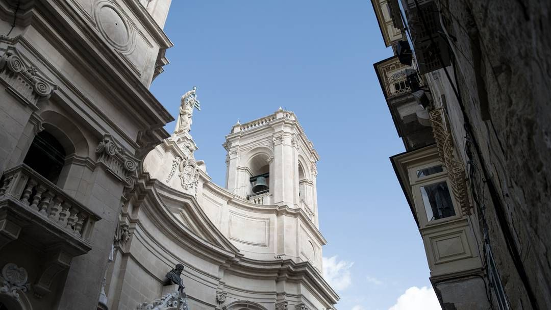 Si è sempre lei... #valetta #valletta #nikonitalia #nikon #photooftheday #picoftheday #d5300 #malta #sun #blue #vacation #malte #instagood #visitmalta #maltaphotography #collettivoitalia #church #chatedral #churches #igersmalta #mymaltaguide
