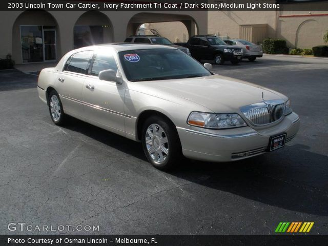 2003 Lincoln Town Car Cartier Ivory Parchment Tri Coat Lincoln S