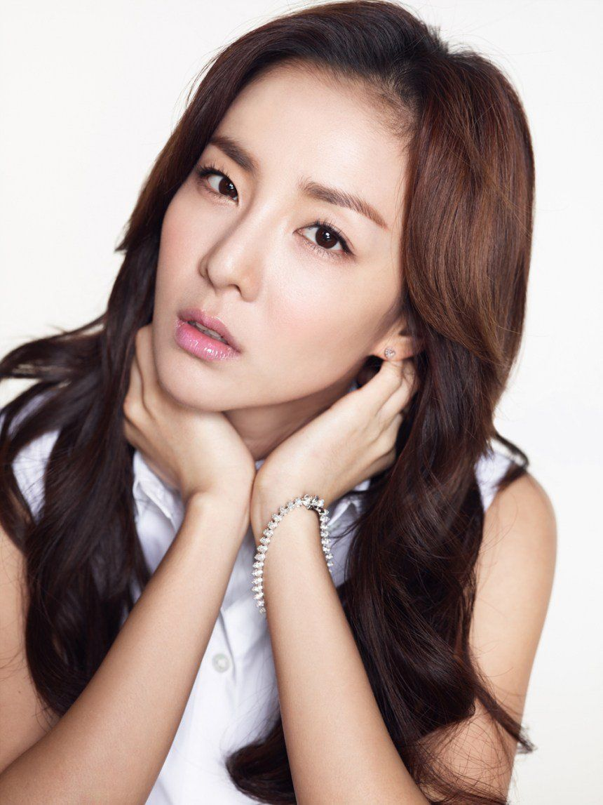 Sandara Park Chosen As Philippines Audition Show Judge 2ne1 Dara 2ne1 Role Models