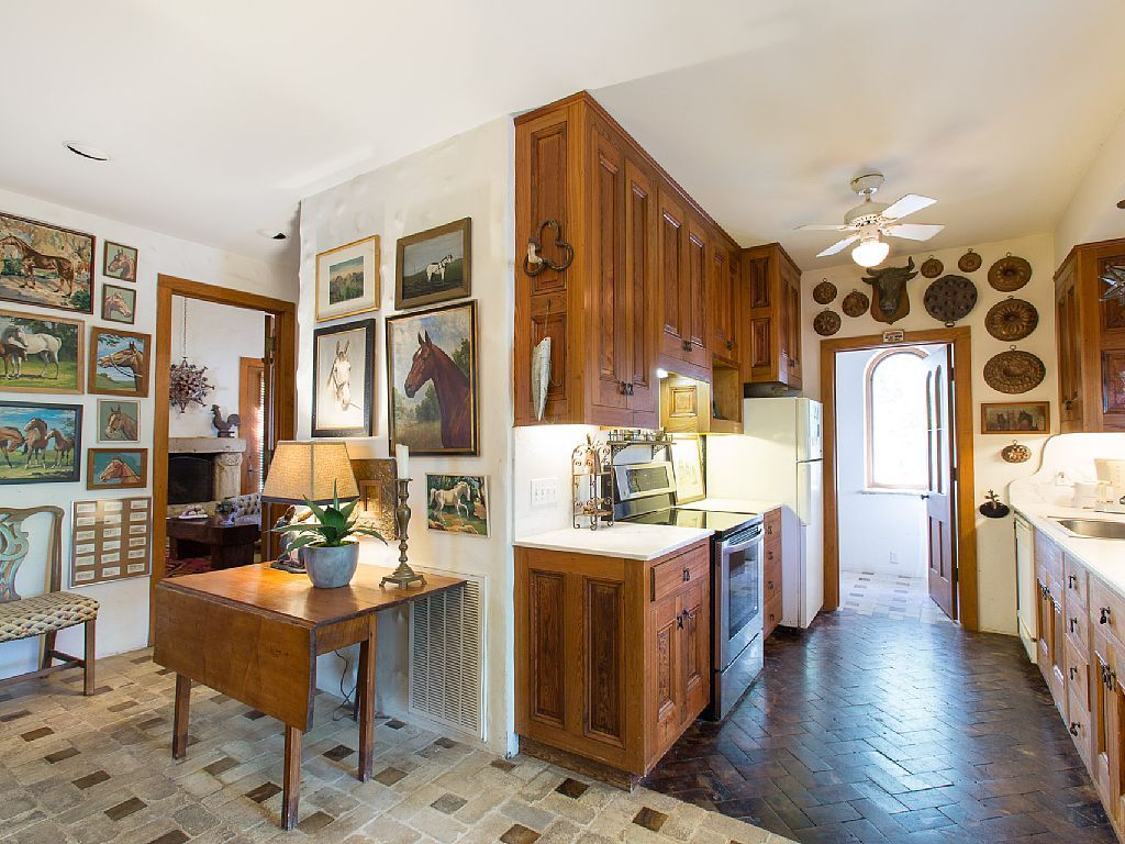 Rustic kitchen kitchens pinterest texas hill country rustic