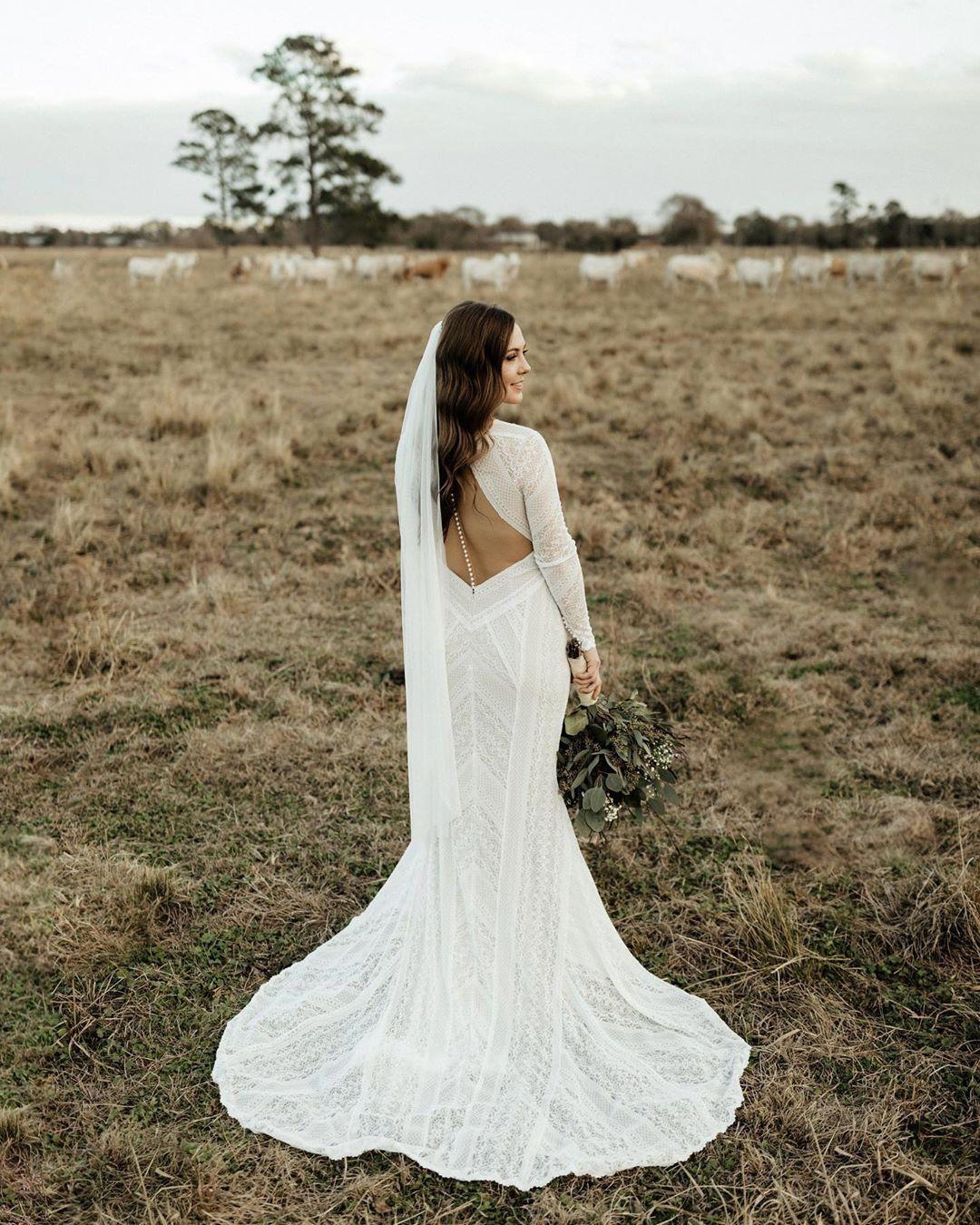 Summer Gown From Bhldn Summer Gowns Form Fitting Wedding Dress Column Wedding Gown [ 1350 x 1080 Pixel ]