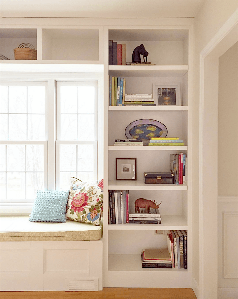 Living Room Like A Library: Creating A Chic, Cosy Home Library-Best Colors, Lighting