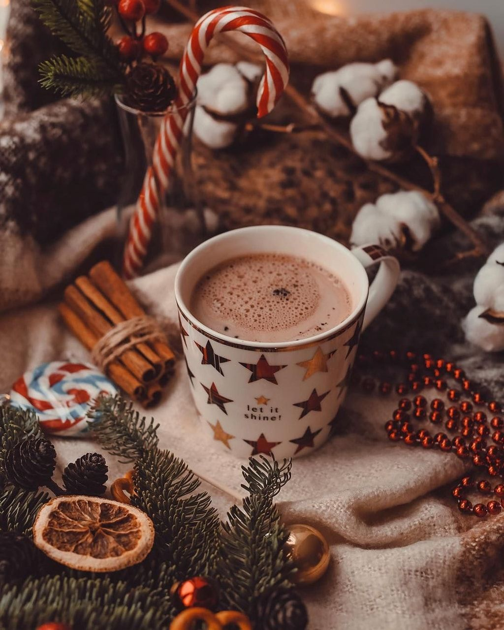 Uploaded by hannijr746. Find images and videos about winter, christmas and drink on We Heart It - the app to get lost in what you love.