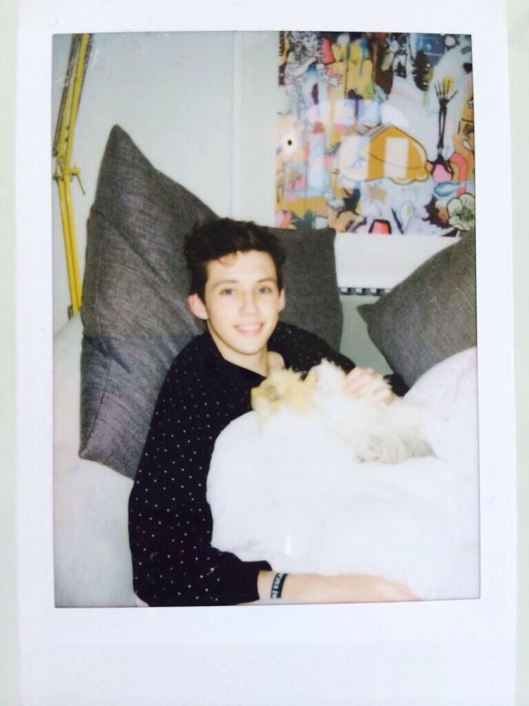 Troye Sivan is so adorable