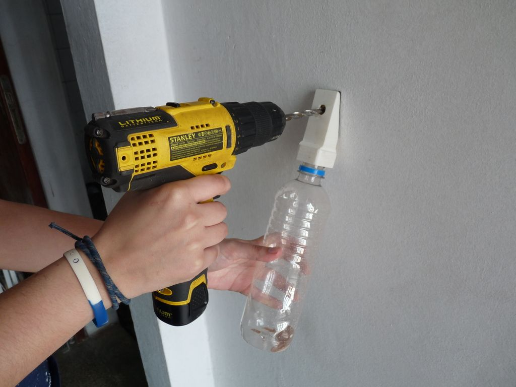 Dust Collector For Wall Drilling By Elecwil Thingiverse Dust