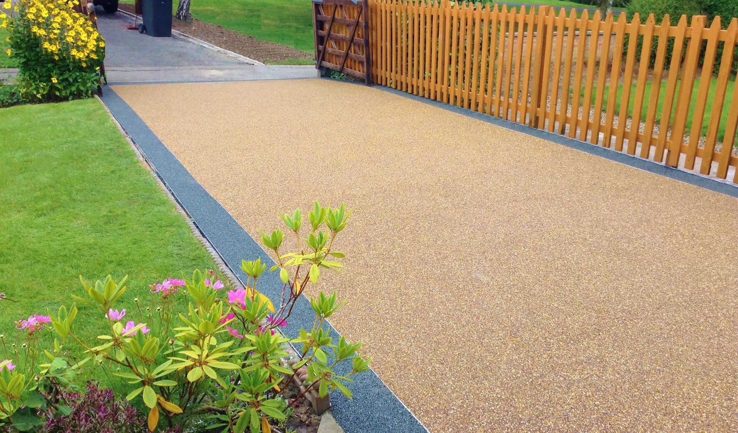Here we have a resin driveway it is a lovely finish to the entrance ...