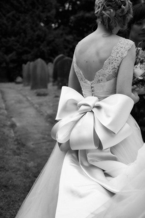 2014 Wedding Dress Trend Alert: Oversized Bows   Wedding Party