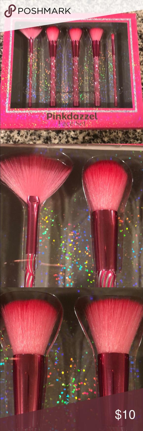 NWT pinkdazzel Makeup brushes set in 2020 Makeup brush