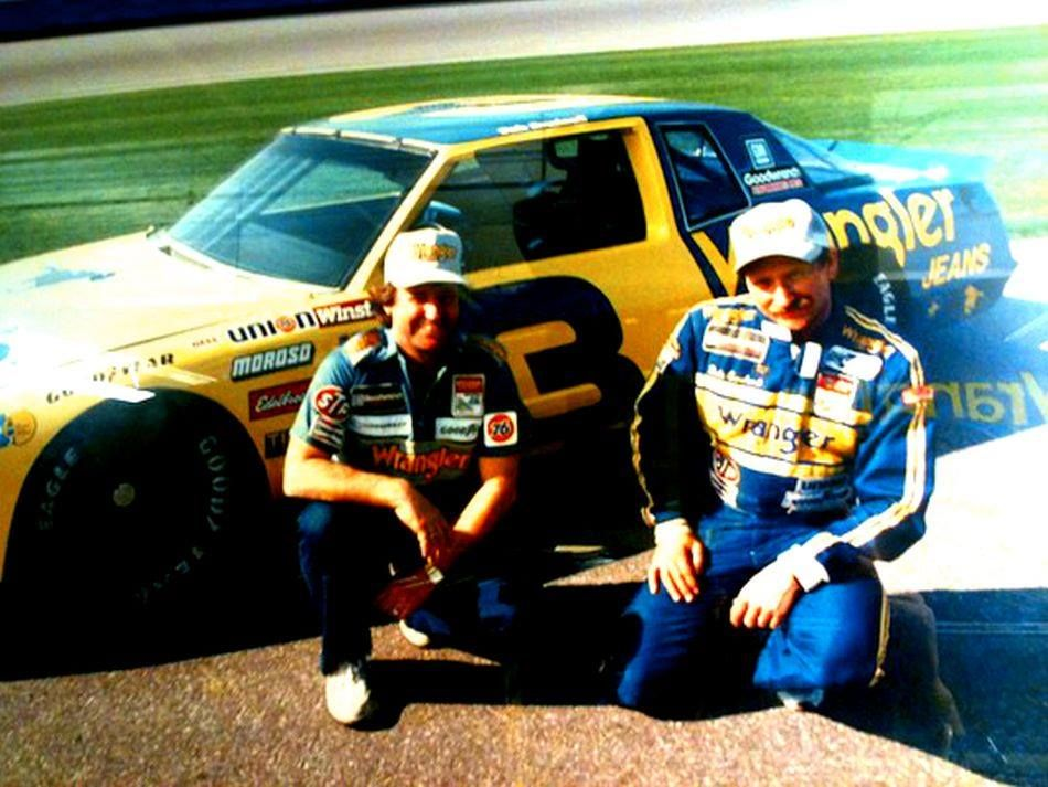Father and son Dale earnhardt, Dale earnhardt crash