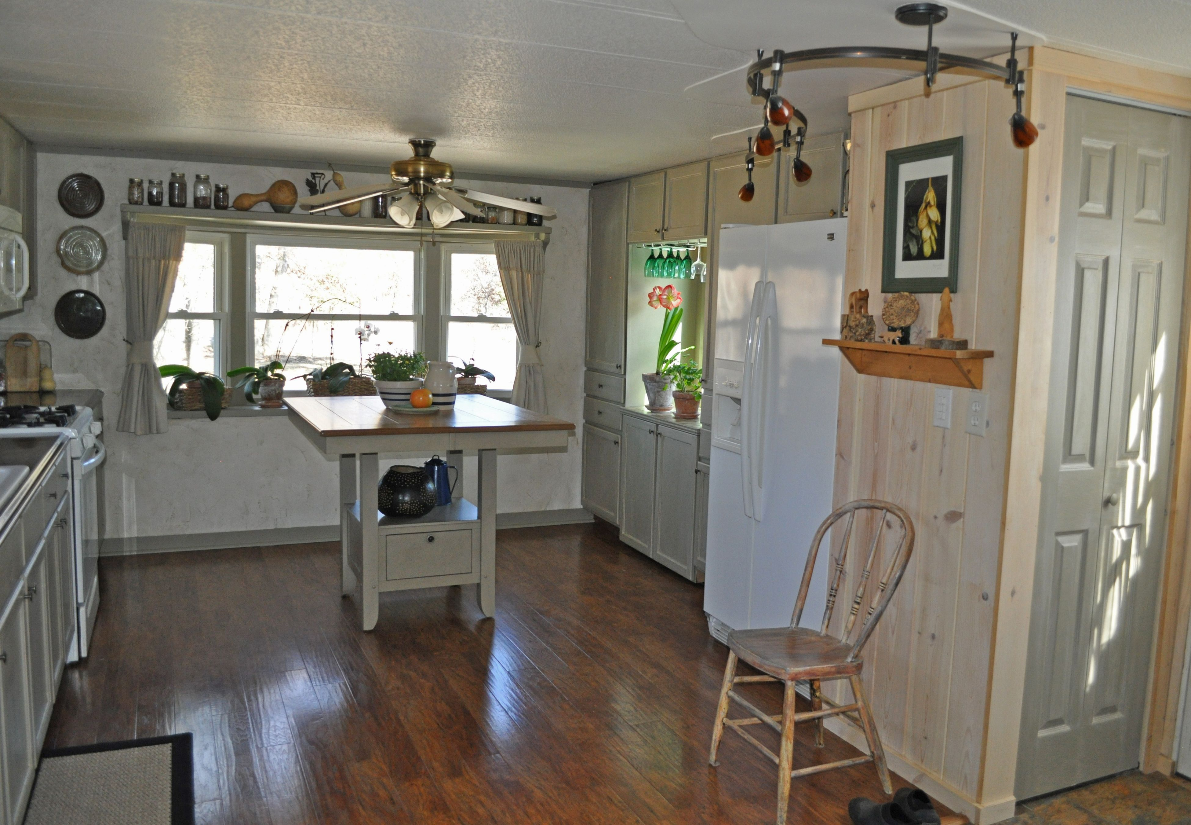 Best Single Wide Mobile Home Remodel Budget Makeover Kitchen 640 x 480