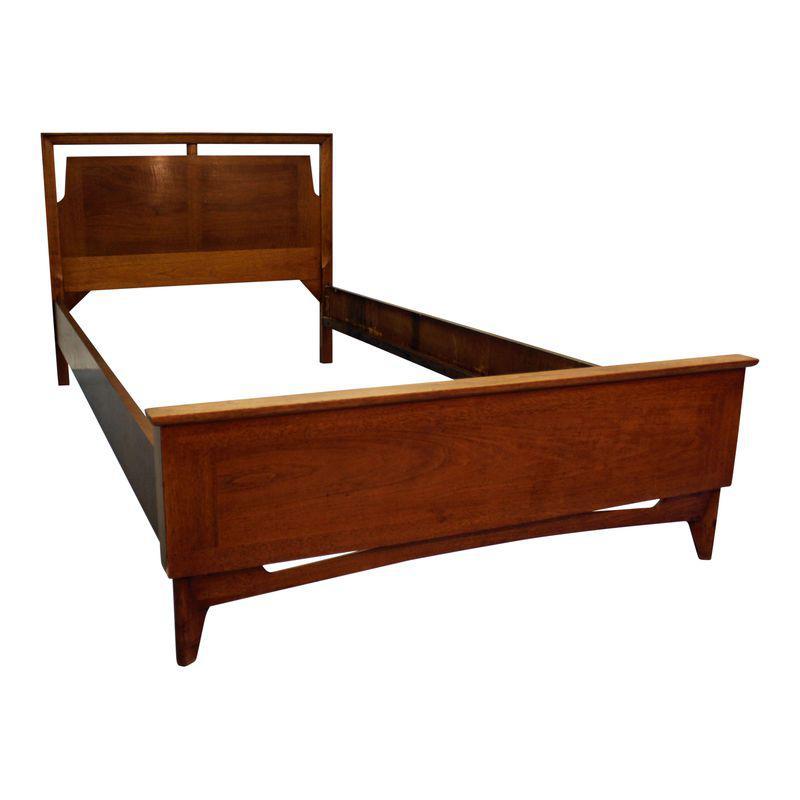Best Mid Century Danish Modern Parqueted Walnut Twin Size Bed 400 x 300