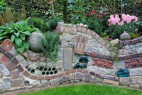 Ruinenmauer aus alten Mauerziegeln zaun Pinterest Alter - garten steinmauer selber bauen