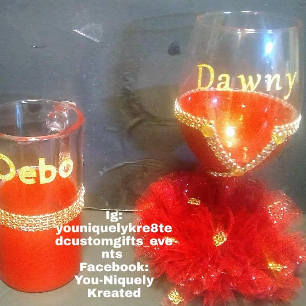 Couples Drinking Glasses Any Color Combination And Many Styles Are Available All Glasses Are Personalized With A Wedding Gifts Wine Tasting Anniversary Gifts