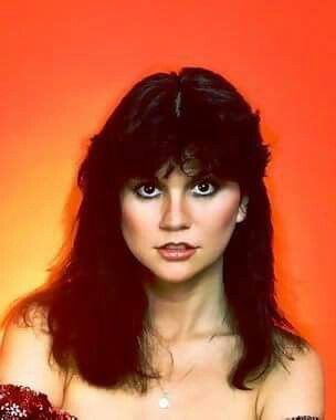 db5b7940b5fe Pin by zkevin kevinz on Linda Ronstadt