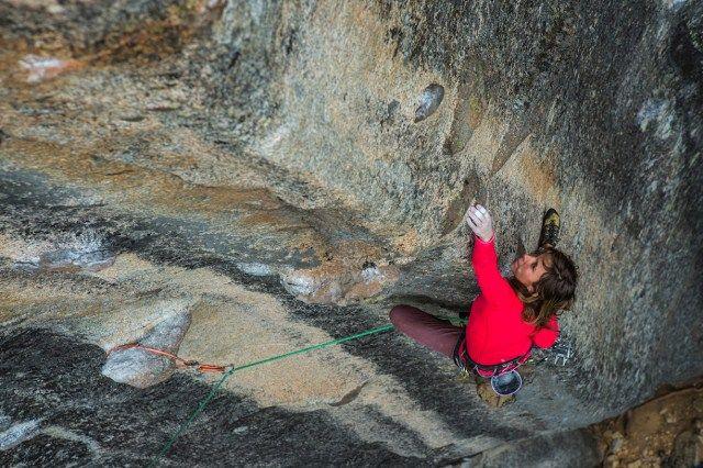Los secretos para especializarse en la fotografía de escalada | Clases de Periodismo