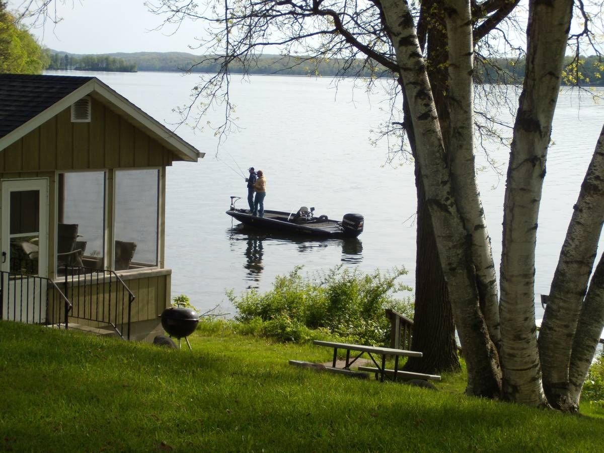Fred Thomas Resort - Located on Big Lake Chetac - Birchwood