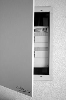 tableau monochrome cache compteur lectrique works pinterest compteur lectrique tableau. Black Bedroom Furniture Sets. Home Design Ideas