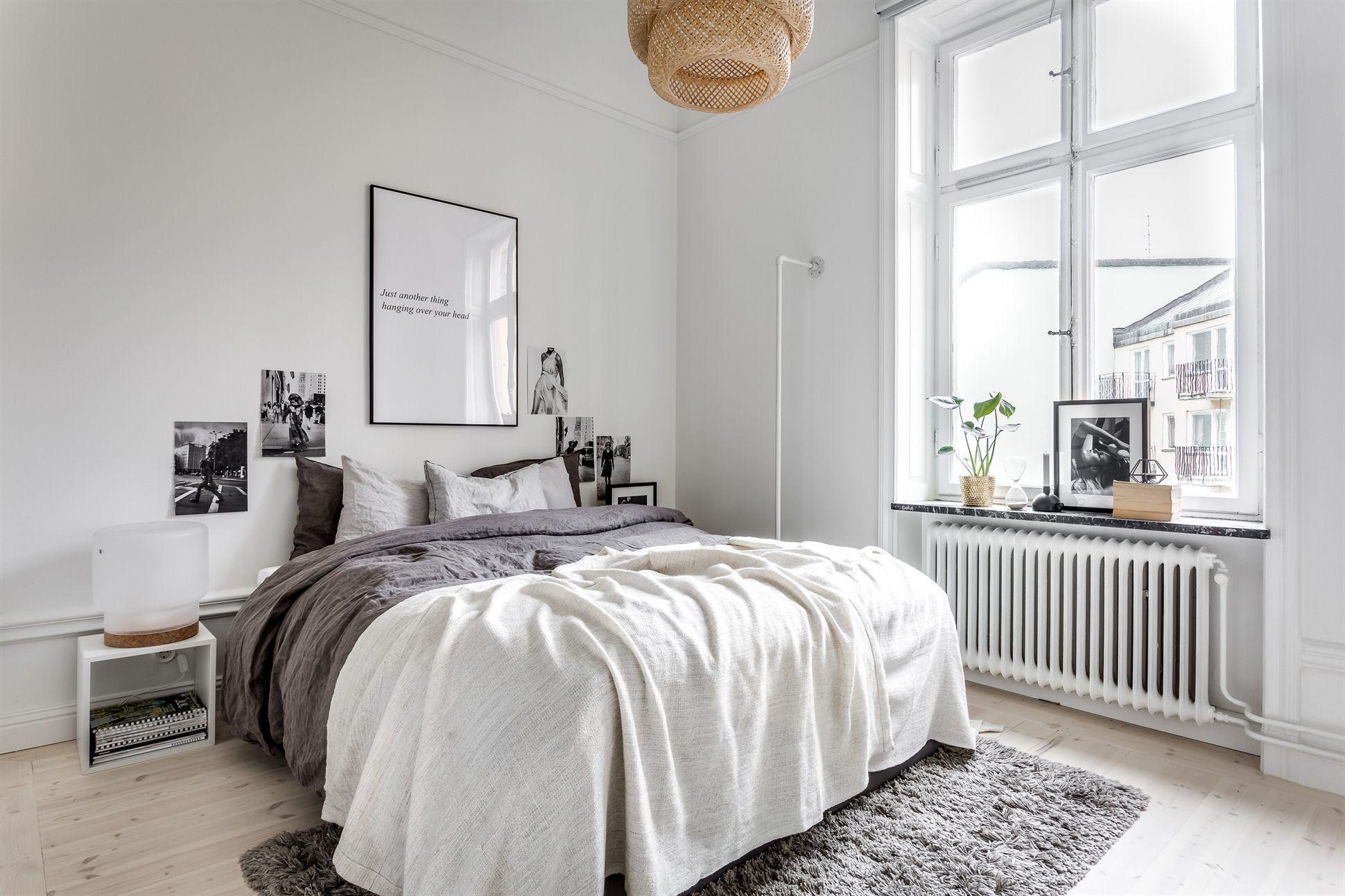 Ruim en licht Scandinavisch appartement met een modern interieur ...