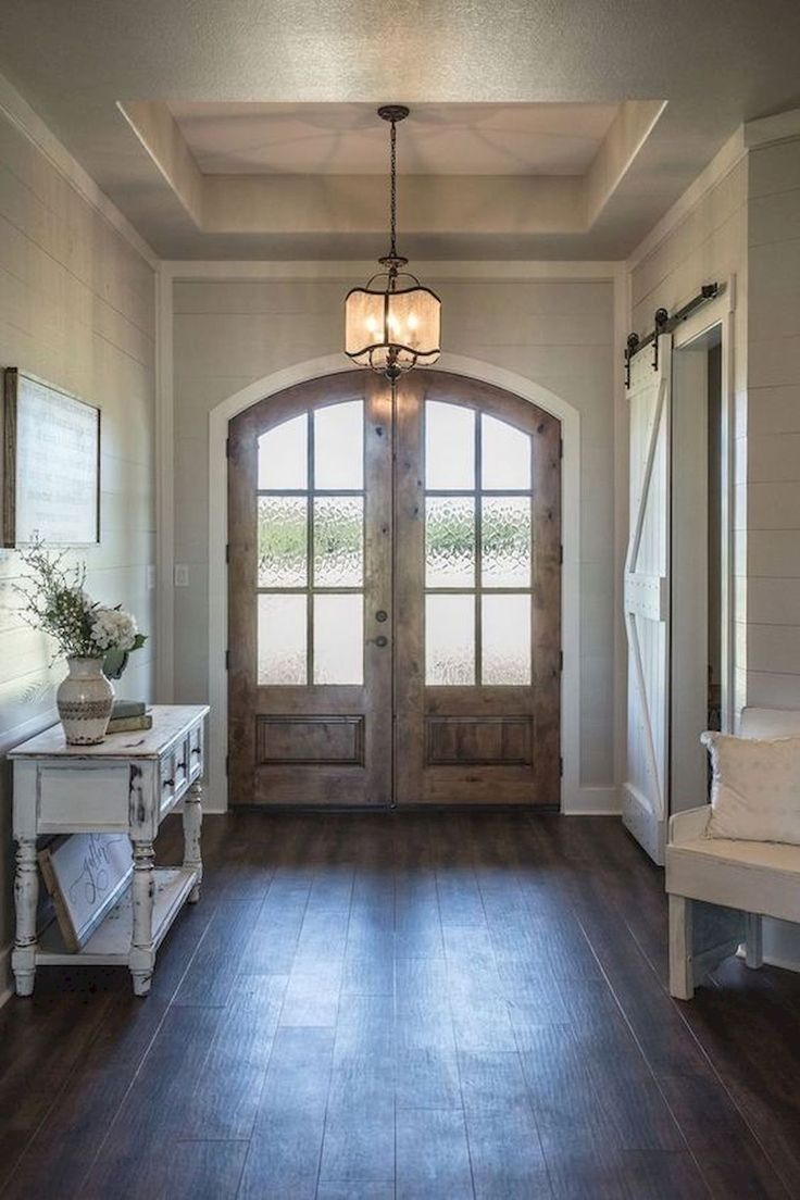 50 Stunning Farmhouse Entryway Design Ideas #entrywayideas