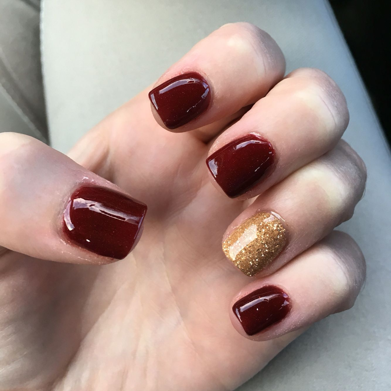 Christmas Nexgen Holiday Nails Sparkly Red And Gold Makeup