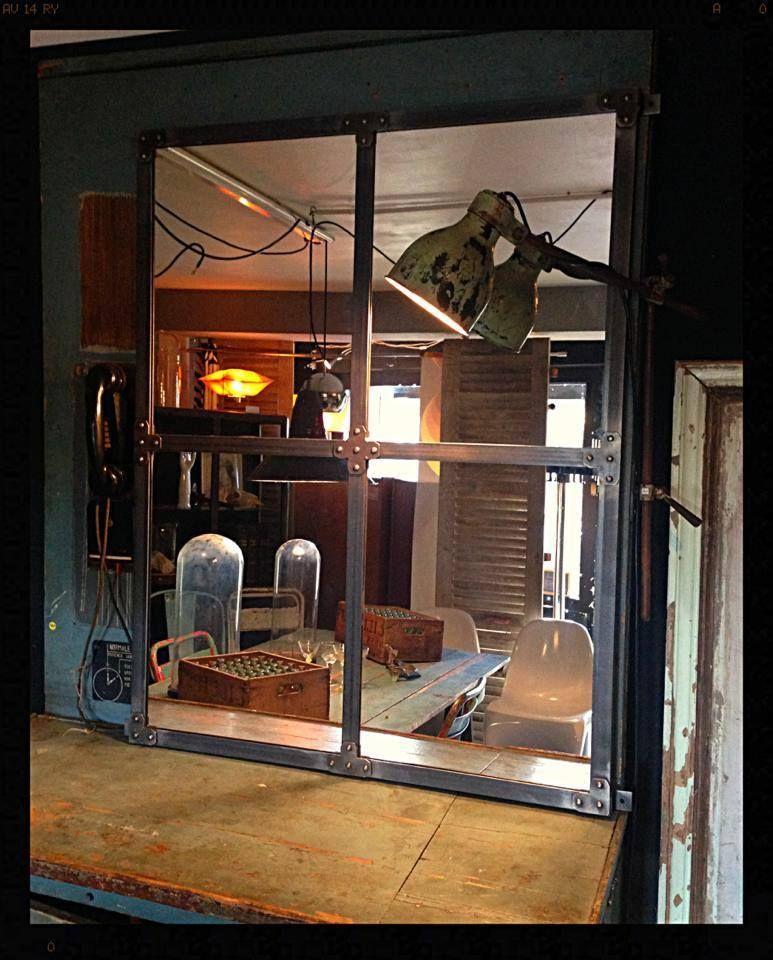 Miroir industriel metal rivet dim 105x85cm prix 370 hods vintage interior pinterest for Miroir metal industriel