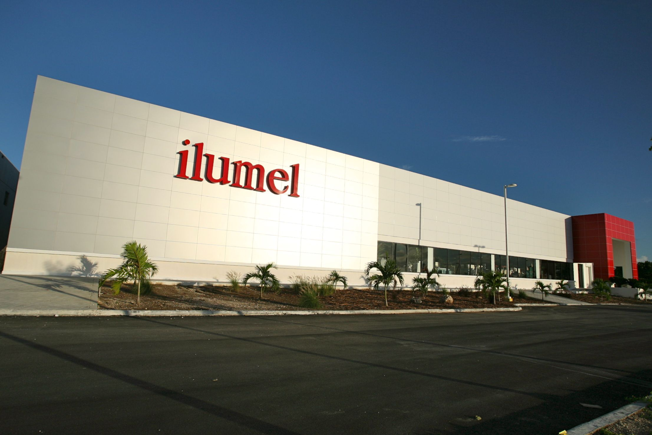 2008 In July The New Ilumel Punta Cana Store Opened In The  # Muebles Bavaro Punta Cana