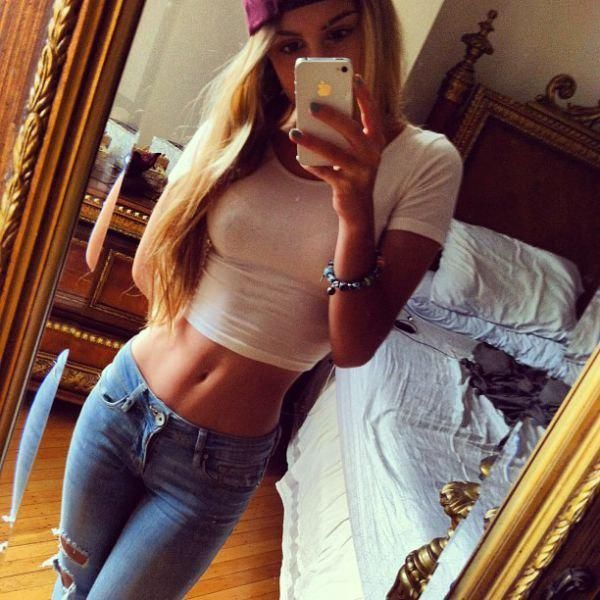 girls in tight jeans 14 These jeans never stood a chance (35 Photos)