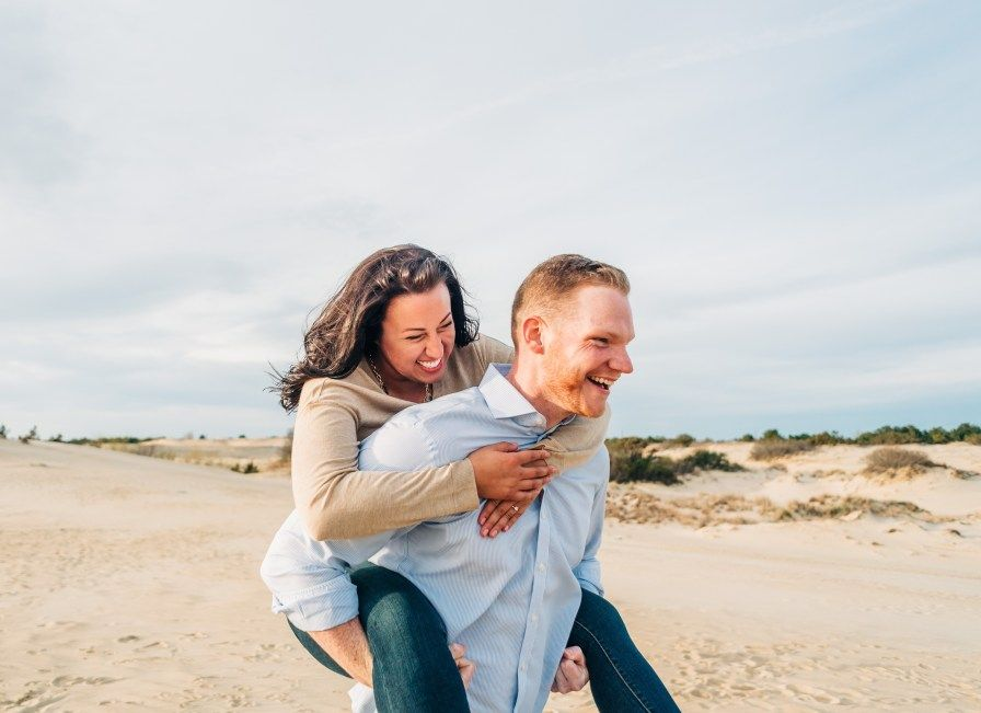 Outer banks engagement photographer engagement