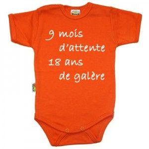 e2a8912196c6f Body bébé avec inscription   9 mois d attente