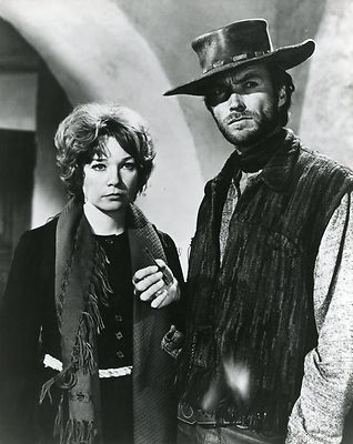SHIRLEY MAC LAINE CLINT EASTWOOD TWO MULES FOR SISTER SARA 1970