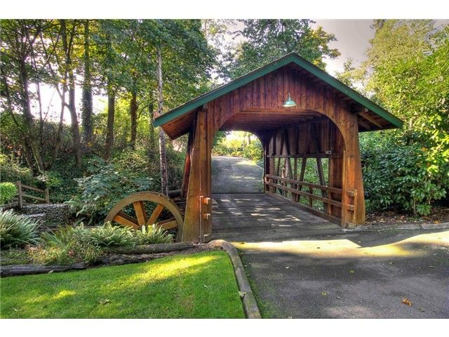 Private Covered Bridge For A Driveway Driveway Entrance