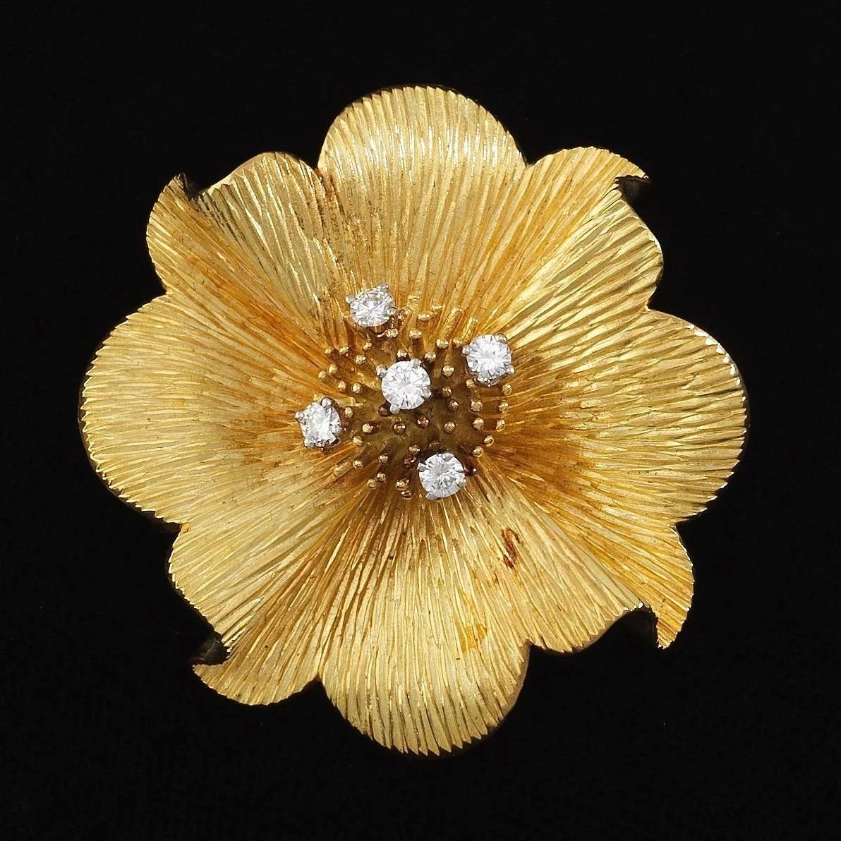 3c18a2d1567ac Stunning Tiffany & Co. 18k Gold Blossom Dogwood Flower 0.50 ct G VS ...