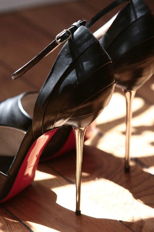 L'extravagance #louboutin #High #heels